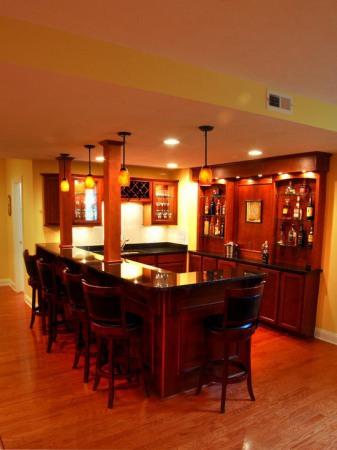 1fe1362f00d1124d_8999-w550-h734-b0-p0-traditional-basement