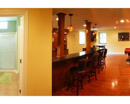 ac613bb500d10eb5_8078-w550-h440-b0-p0-contemporary-basement