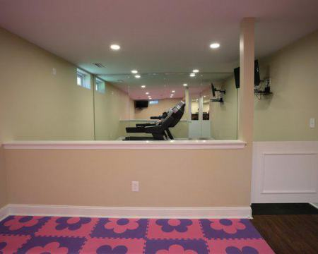 07b1511f07c81578_5045-w550-h440-b0-p0-contemporary-basement