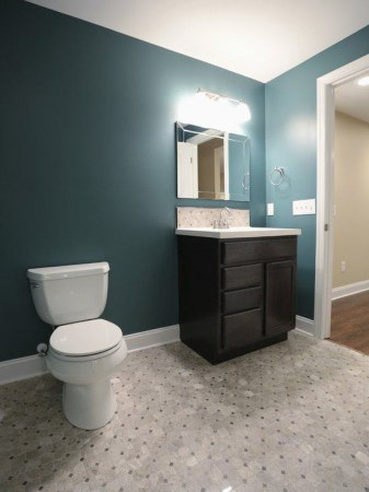 3041facf07c8164d_5074-w550-h734-b0-p0-contemporary-bathroom