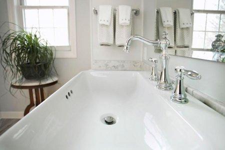 Chemnitz-Bathroom-Sink-Side-1