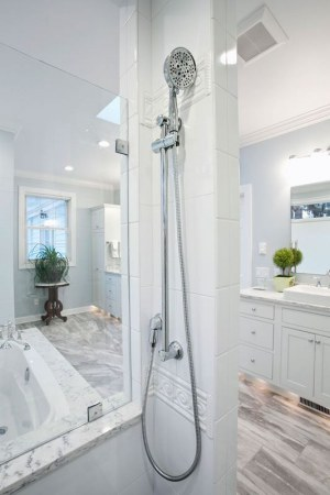 Chemnitz-Bathroom-shower-tall-6V